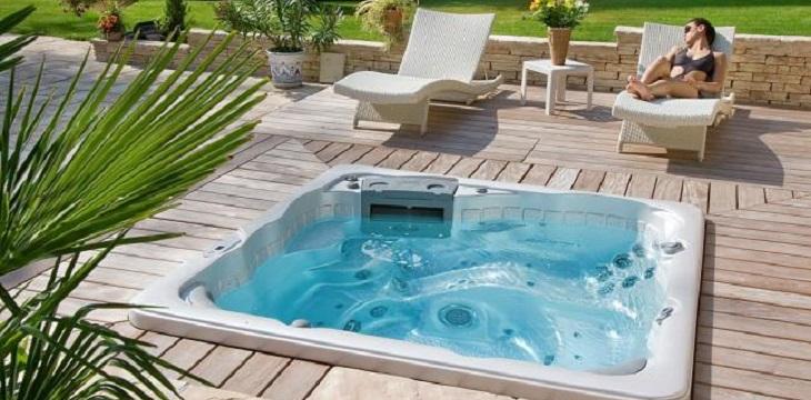 nos collections de spas ligne bleue s rl des piscines de r ve. Black Bedroom Furniture Sets. Home Design Ideas